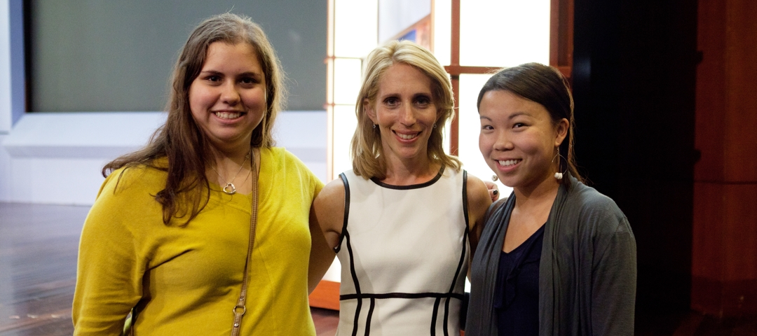 Alumna Dana Bash speaks at a GW student event